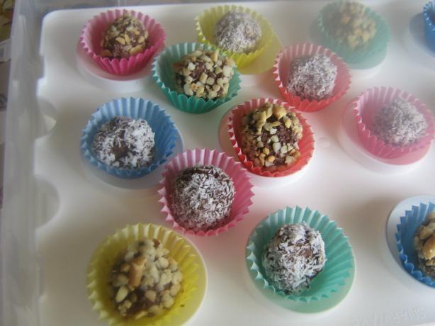 Super Easy Chocolate Truffles