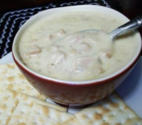 Creamy New England Clam Chowder