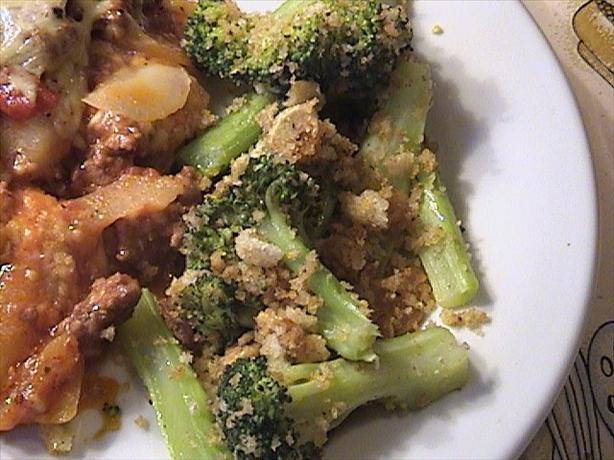 Broccoli With Toasted Garlic Crumbs