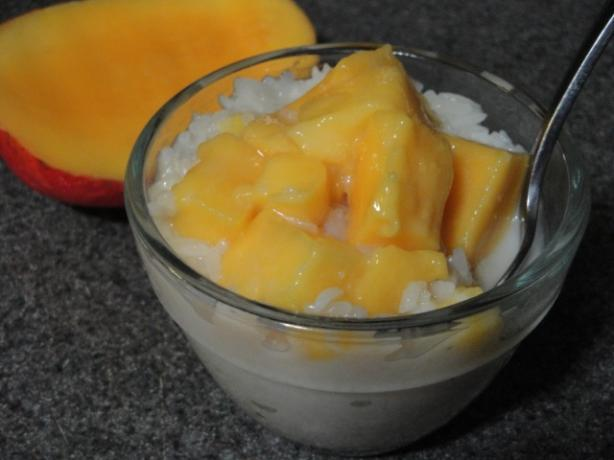 Mango on Sticky Rice (Kow Neuw Mamwaung)