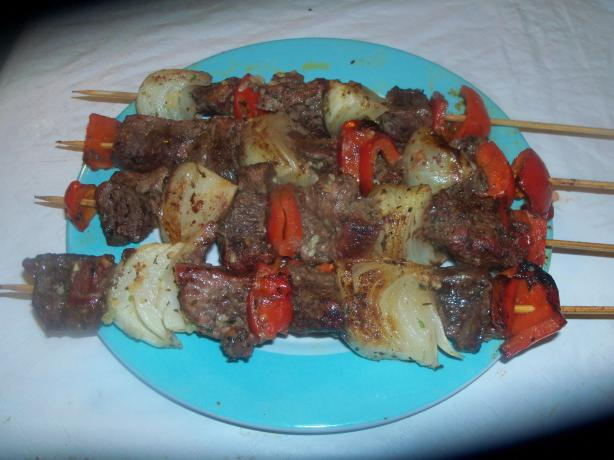 Beef Kabobs With Red Bell Pepper and Sweet Onion