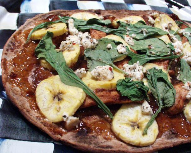 Low Fat Chicken Tandoori Chutney & Banana Pizza