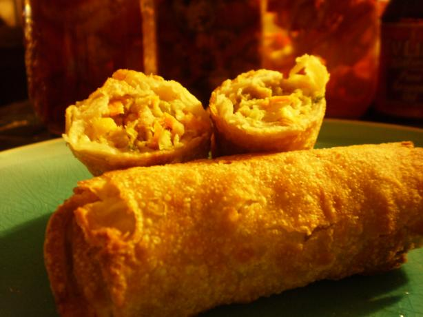 Crispy Fried Chicken Spring Rolls