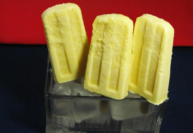 Coconut Pineapple Pops