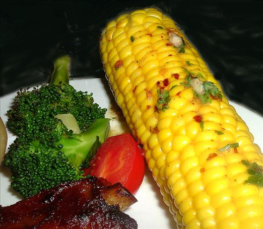 Boiled Corn on the Cob With Spicy Butter