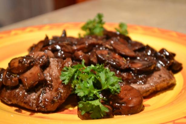 Beef Medallions and Mushrooms in Red Wine Sauce