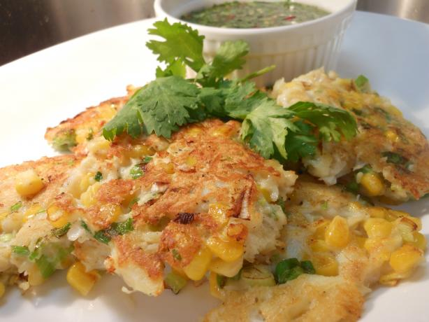 Crab & Corn Cakes With Coriander Dipping Sauce