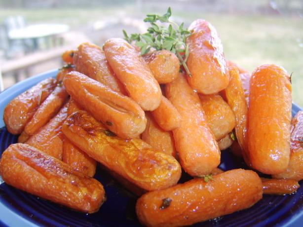 Roasted Dutch Carrots With Honey and Thyme