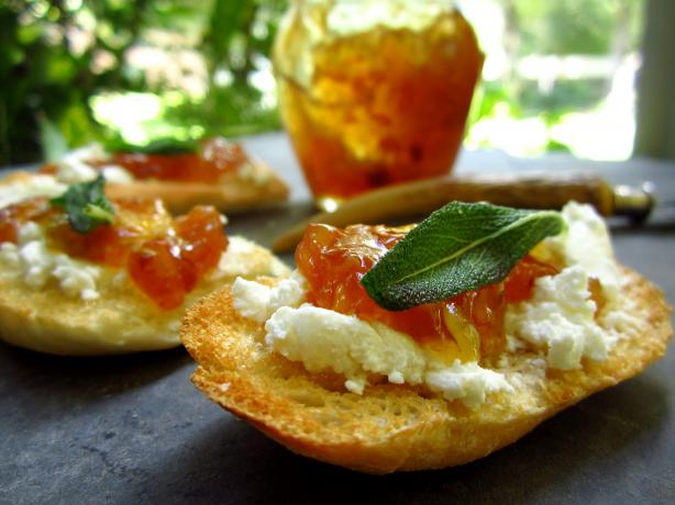 Fig Jam and Goat Cheese Crostini
