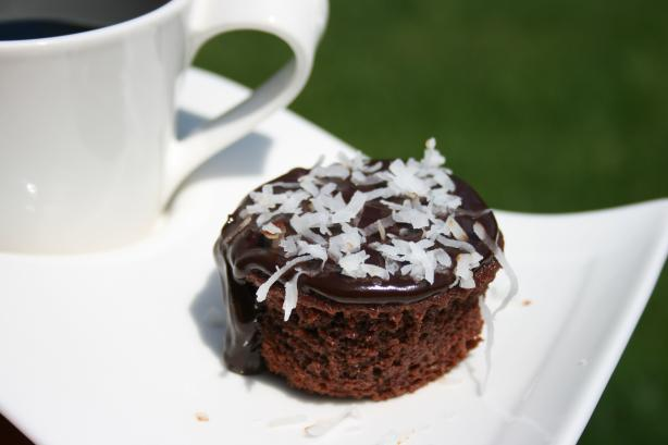 Individual Chocolate Cakes With Chocolate Coconut Glaze