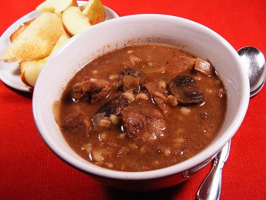 Slow-Cooker Beef Mushroom Barley Soup