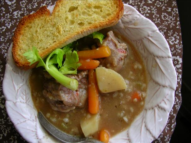 Slow Cooker (Crock Pot) Oxtail Barley Soup