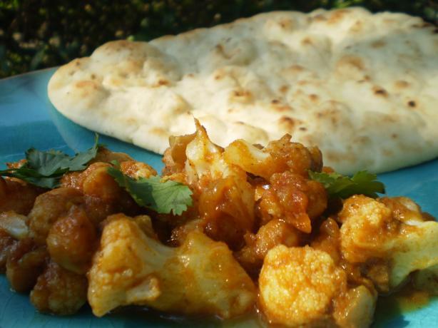 Indian Spicy-Sour Chickpeas With Cauliflower