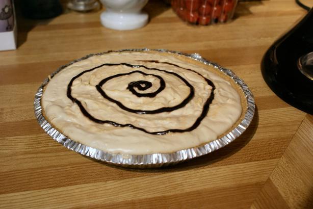 Easy Peanut Butter Cream Pie