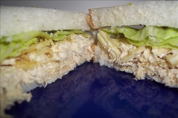 Jolly Roger's Crunchy Tuna Sandwich! C/O --Tasty Dish--