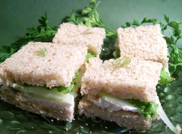 Cucumber and Mastershalum Tea Sandwiches (-- Tasty Dish--)