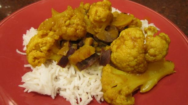 Indian Cauliflower & Potatoes