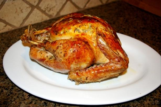 Roast Turkey (Easy Steps for New Cooks)