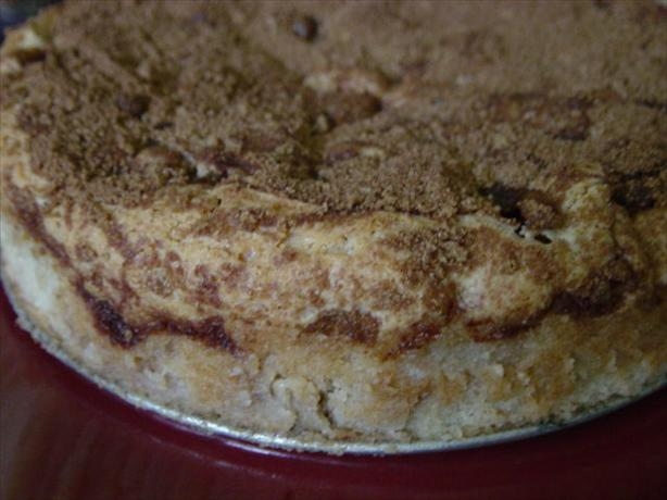 Buttery Apple Cinnamon Cake