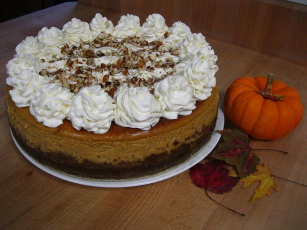 Pumpkin Cheesecake (A Cheesecake Factory Copycat)