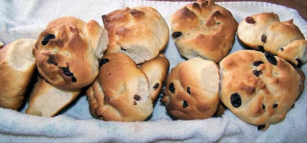Niederrheinische Stütchen (Lower-Rhenish Sweet Buns)