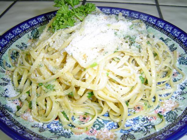 Pasta with Oil and Garlic Sauce
