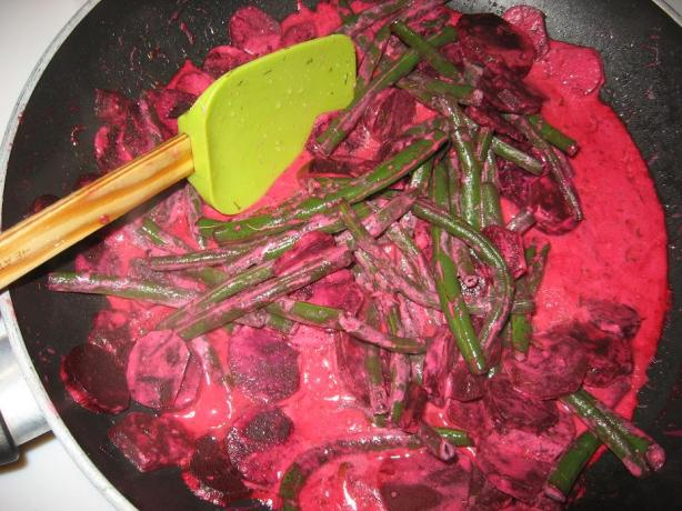 Uncle Bill's Beets & String Beans in a Cream Sauce