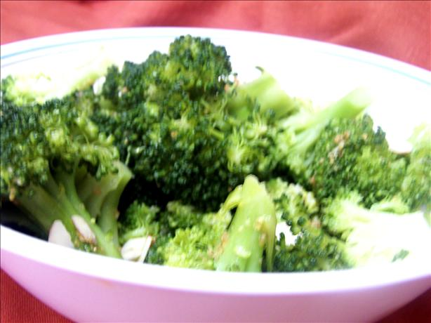 Broccoli With Lemon Garlic Almond Butter