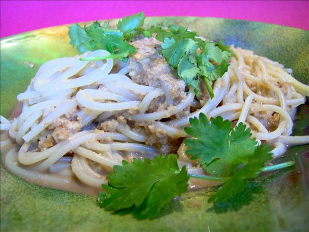 Easy Sesame Cashew Noodles