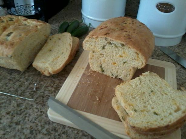 Kittencal's Jalapeño Cheddar Cheese Bread
