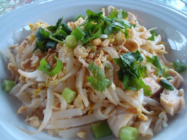 Bangkok Style Chicken Pad Thai