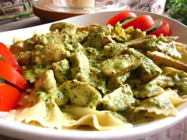Creamy Pesto Chicken Pasta