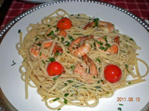 Tyler Florence's Shrimp Scampi With Linguine