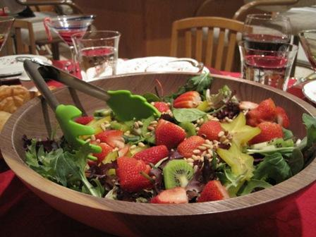 Strawberry and Spinach Salad with Sweet French Dressing