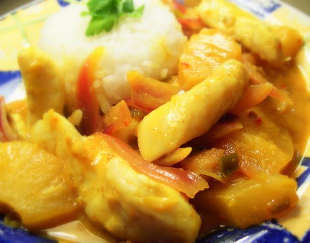 Fish in Creamy Coconut Sauce