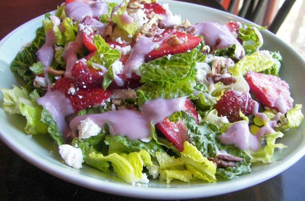 Strawberry Spinach Salad With Yogurt Dressing