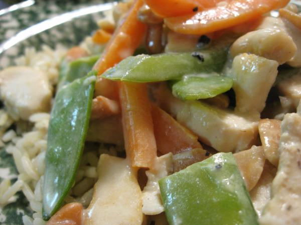 Chicken With Veggies in Sour Cream Sauce