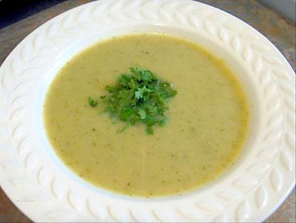 Hearty Low Fat Broccoli Soup