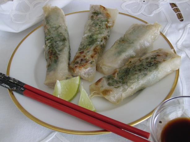 Tuna Spring Rolls With Lime/soy Sauce