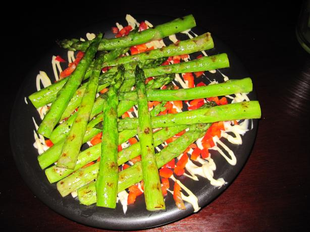 Grilled Asparagus With Saffron Aioli