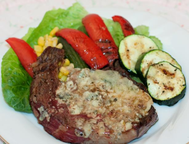 Blue Cheese Topped Grilled Ranch Steak