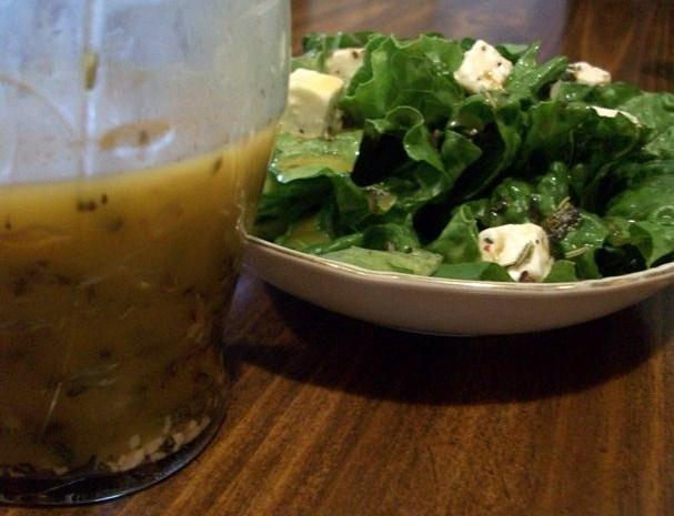 Fresh Lemon Basil Salad Dressing