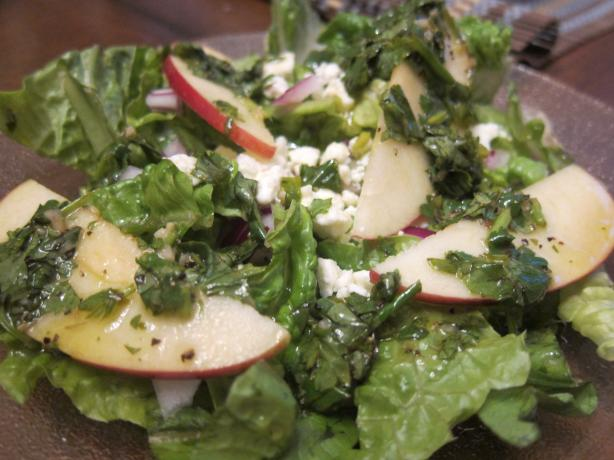 Mixed Greens & Piñata Apple Salad W/Cotija for 1