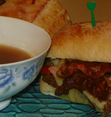Sirloin Steak Sandwiches With Homemade Dipping Sauce