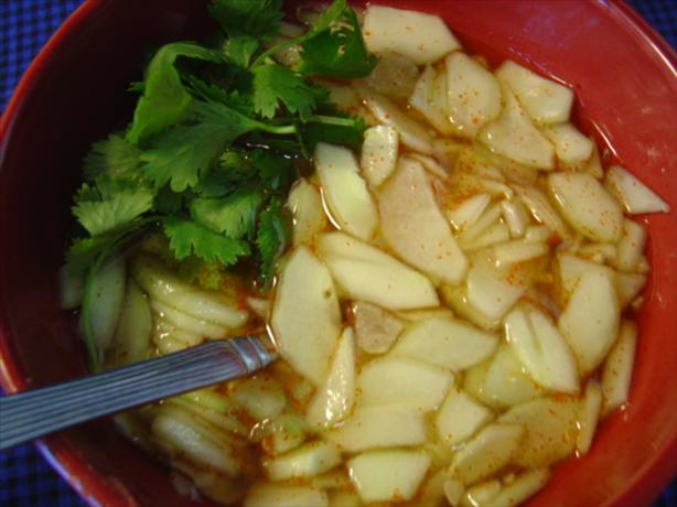 Thai Cucumber Sauce (Nam Chim Taeng Kwa)
