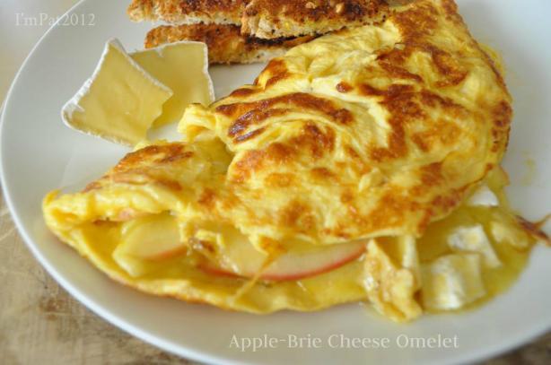 Apple-Brie Omelet