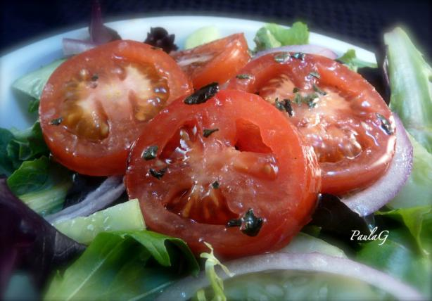 Caprese Salad Tomatoes (Italian Marinated Tomatoes)