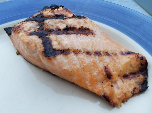 Zesty Marinade for Grilled Wild Salmon Fillets