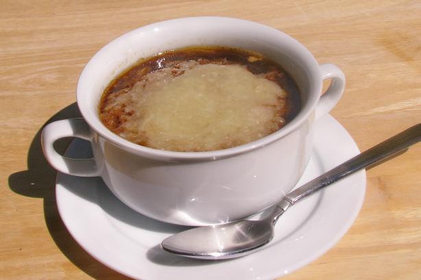 French Onion Soup (Soupe A L'Oignon)