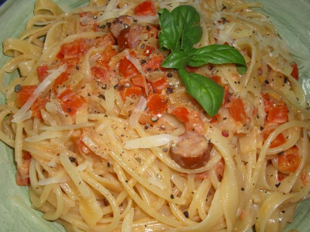 Penne With Sausage, Tomato, Red Pepper in Cream Sauce
